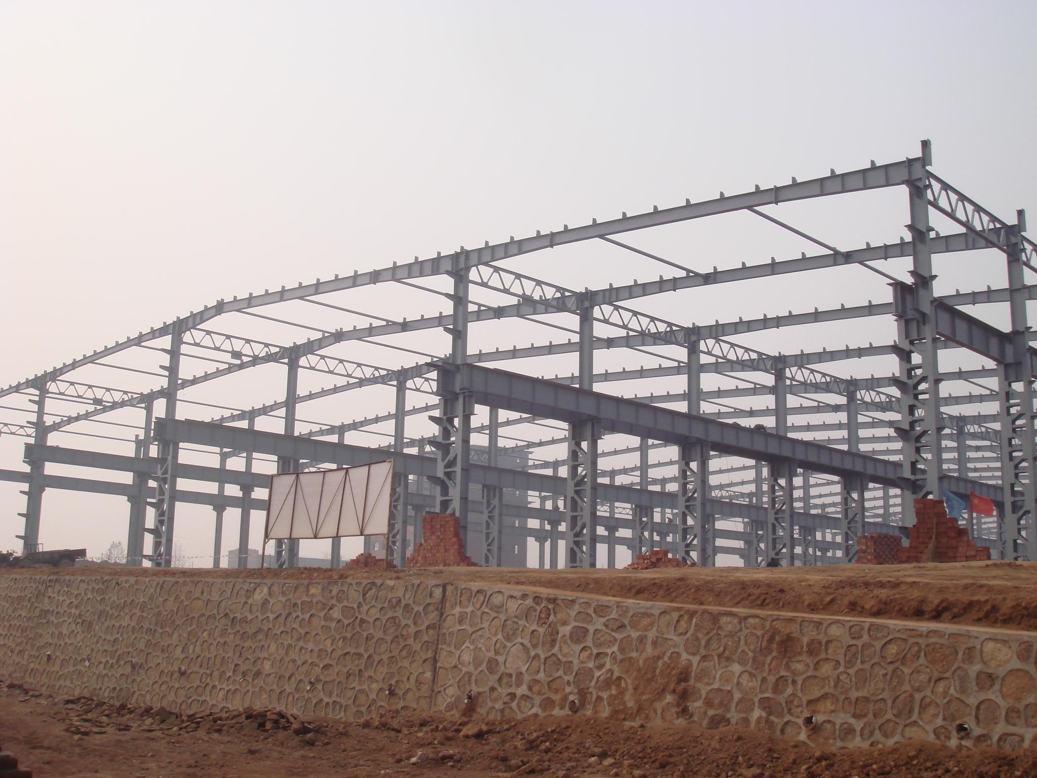 为什么越来越多的建筑使用彩钢钢结构?